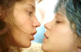 """Le """"sexe non simulé"""" n'entraînera plus d'interdiction automatique des films aux mineurs (JO)"""