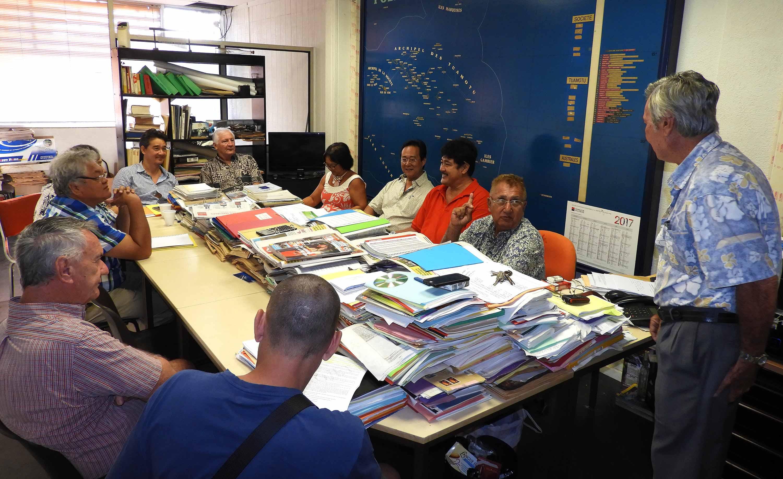 L'ensemble des armateurs (Confédération des armateurs de Polynésie, ainsi que les armateurs non affiliés à cette confédération) ont reçu, à leur demande, le ministre de l'Equipement et des transports intérieurs, Luc Faatau, jeudi dernier.