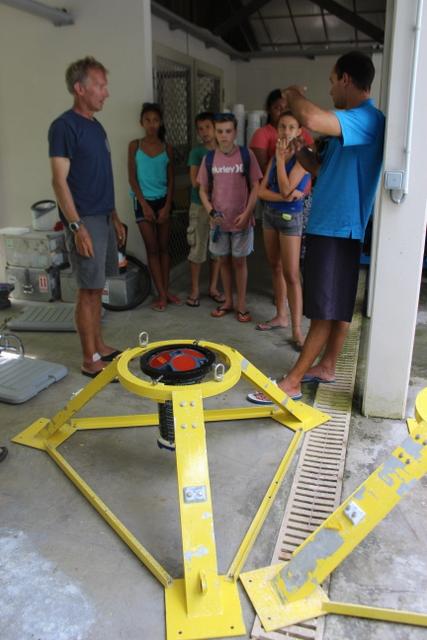 Des chercheurs et scientifiques américains travaillent sur les courants marins.