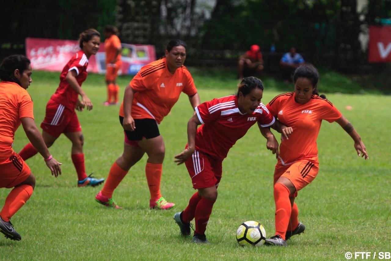 Pas moins de huit équipes participent au championnat.