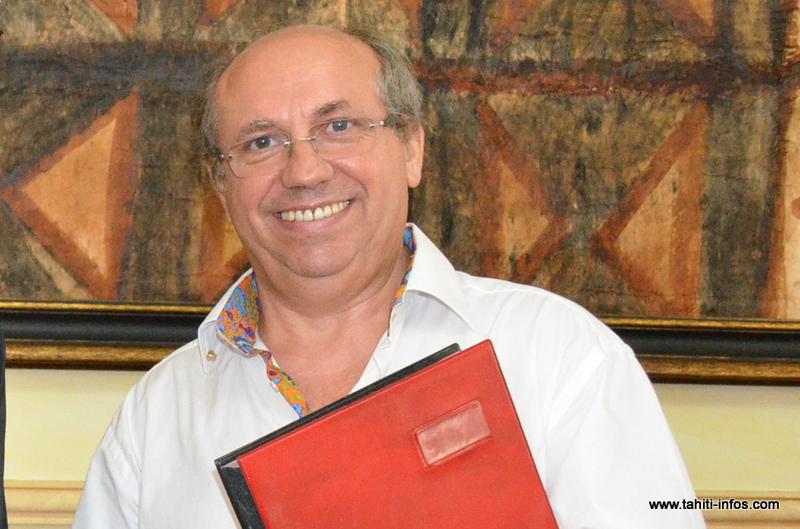 Claude Drago, nouveau directeur de la clinique Paofai