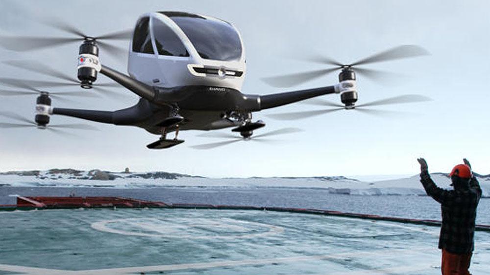 Dubaï teste un taxi-drone chinois et accueille Tesla