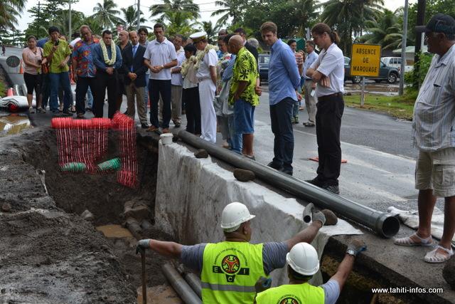 Depuis le 10 janvier 2017, un vaste chantier a été mis en place afin de créer un réseau qui s'étend sur environ 22 km, entre les communes de Hitiaa et Papenoo.