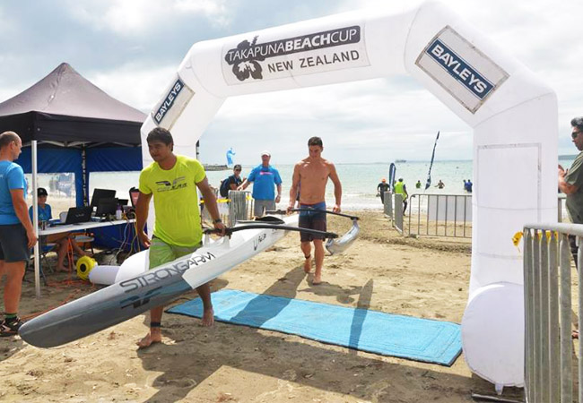 Va'a : Kévin et Tupuria vainqueurs à la Takapuna Beach Cup 2017