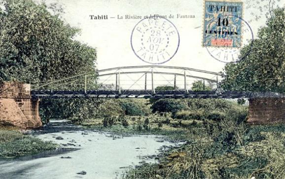 Le vieux pont de la rivière Fautaua en 1907