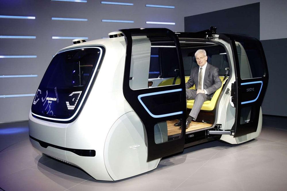 Le groupe Volkswagen présente Sedric, prototype de voiture autonome