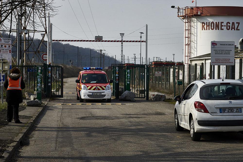 Un train déraille au sud de Lyon: 20 tonnes de bioéthanol sur les voies