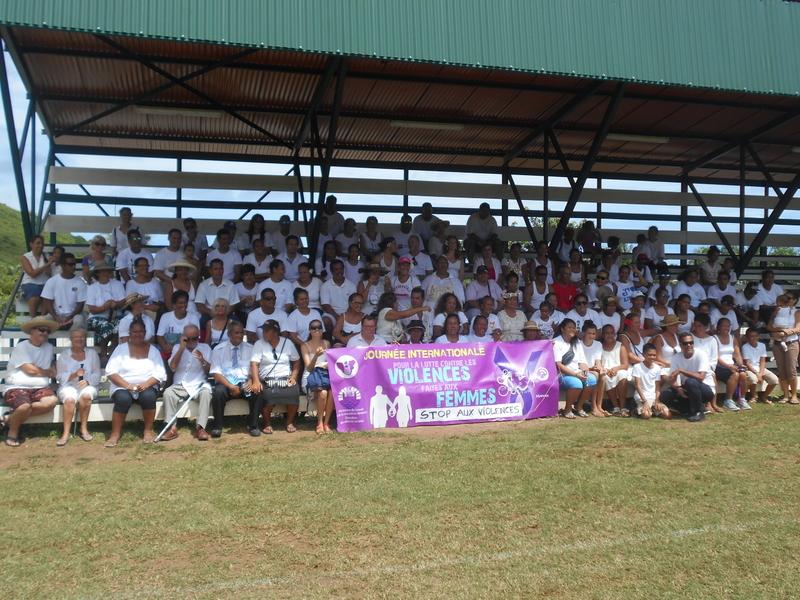 Près de 300 personnes ont participé à la marche organisée samedi à Moorea.