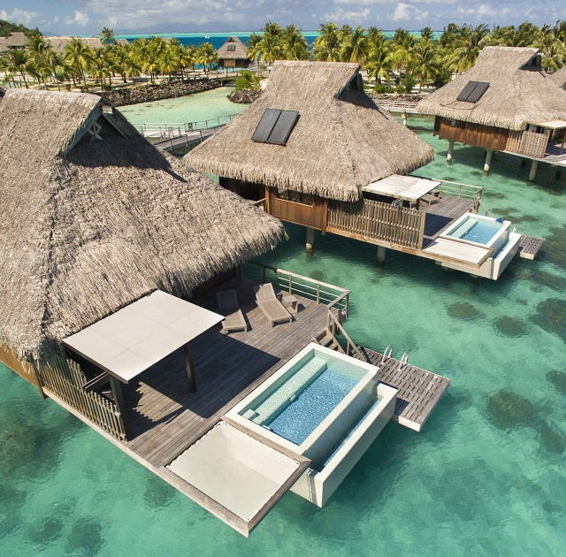 20 photos pour découvrir le Conrad qui ouvre le 1er avril à Bora Bora