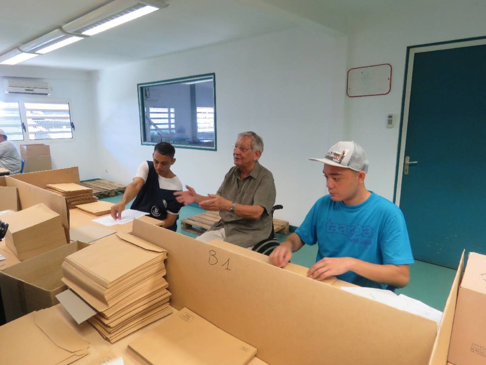 800 000 enveloppes étiquetées aux Ateliers pour la réinsertion des personnes handicapées.