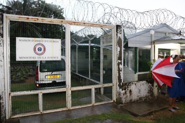 Raiatea abrite 11 détenus
