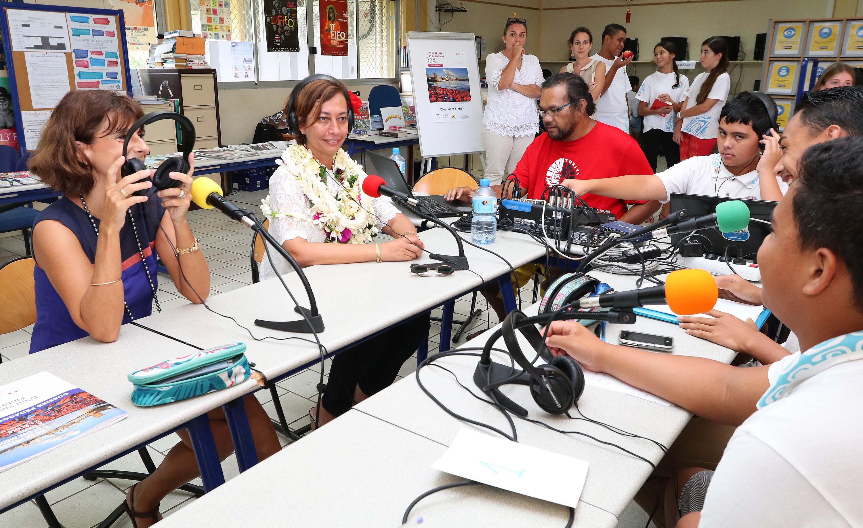 Apprendre en faisant des émissions de radio