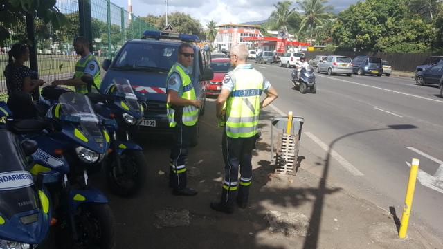 Contrôles de police et de gendarmerie aux entrées de Papeete
