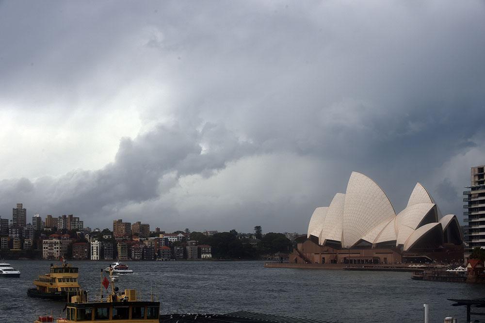 Australie: Milliers d'évacuations avant l'arrivé du cyclone Debbie