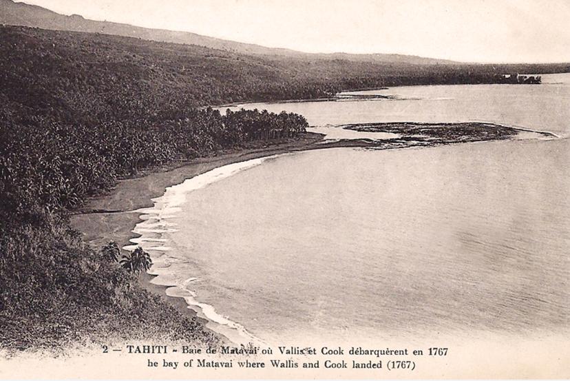 La baie de Matavai vu du col du Tahara'a vers 1910.