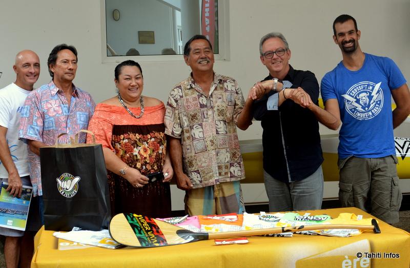 Les représentants de Polynésie 1ère, de la Fédération de va'a et des différentes fédérations organisant des événements en parallèle du marathon.