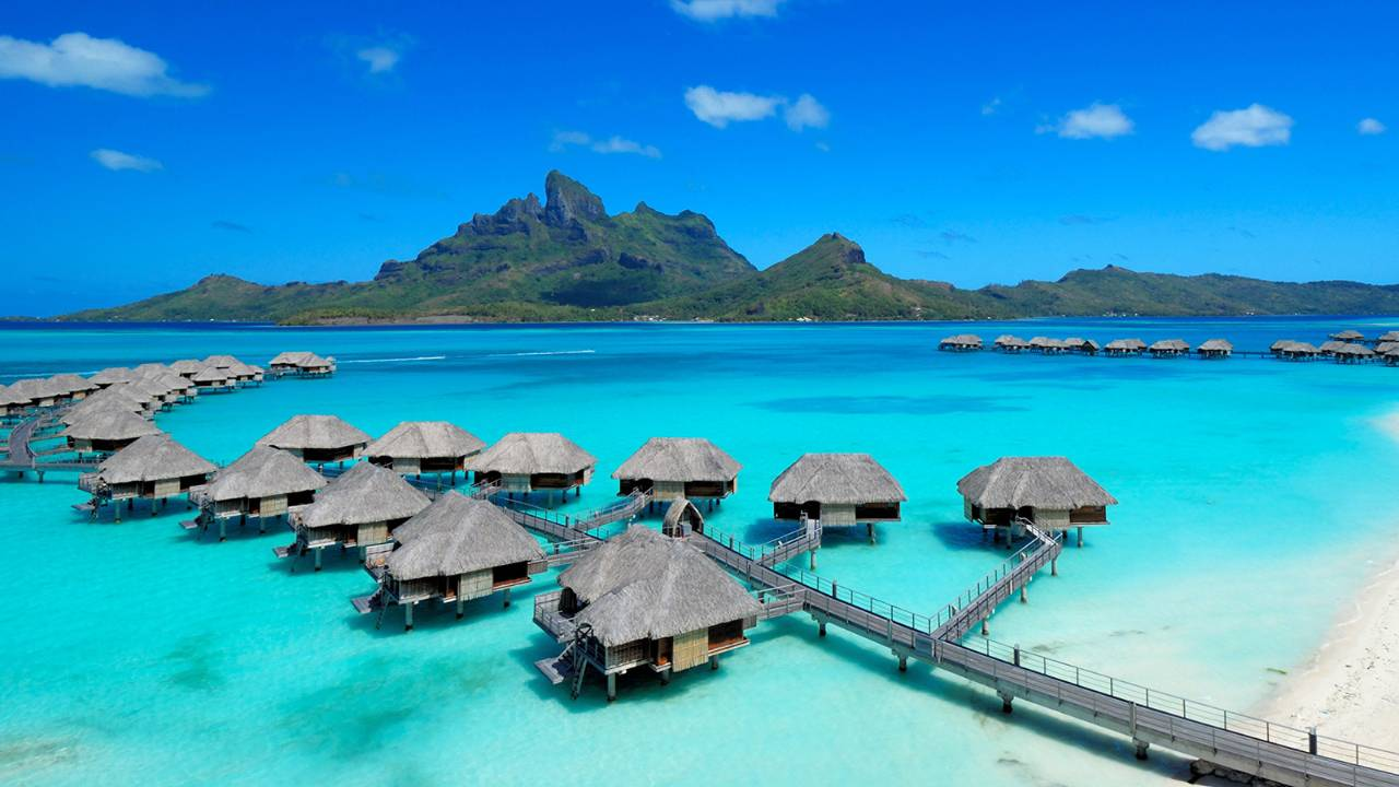 (Photo : Four Seasons Bora Bora).