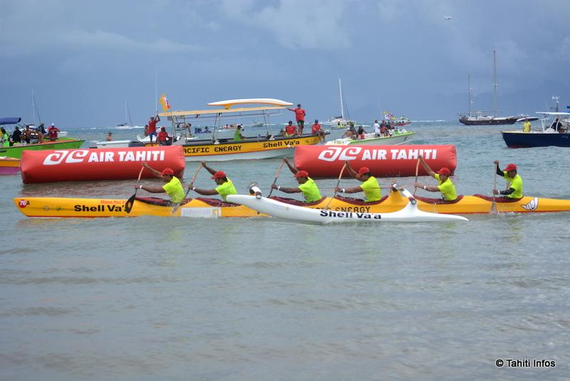 Shell Va'a a traversé la ligne d'arrivée peu après midi, après 46 kilomètres de marathon dont la moitié en haute mer.