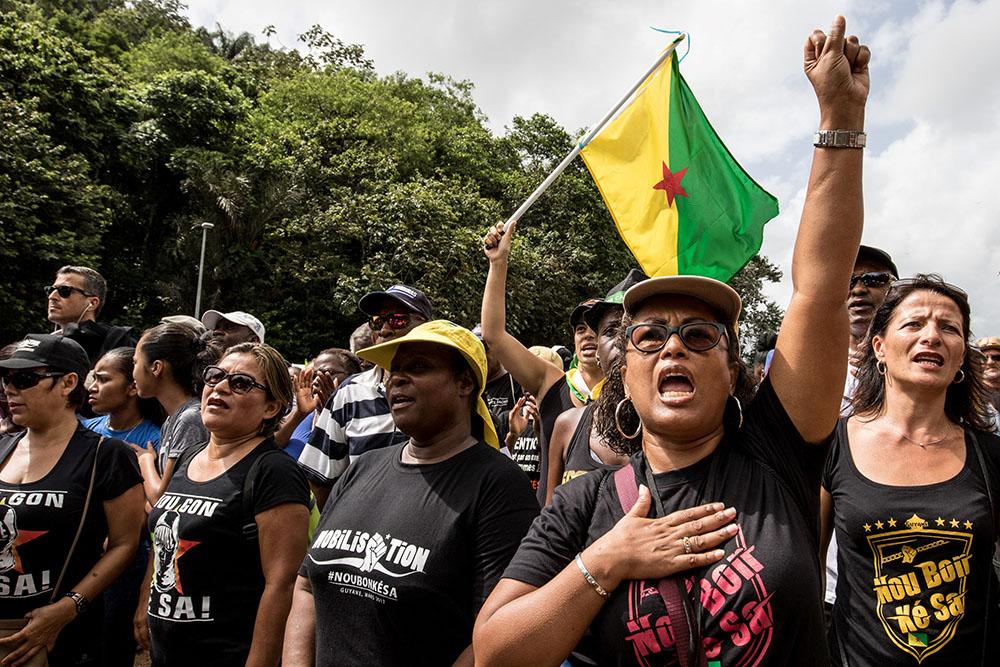 Guyane: le plan d'urgence au Conseil des ministres, le Centre spatial toujours occupé