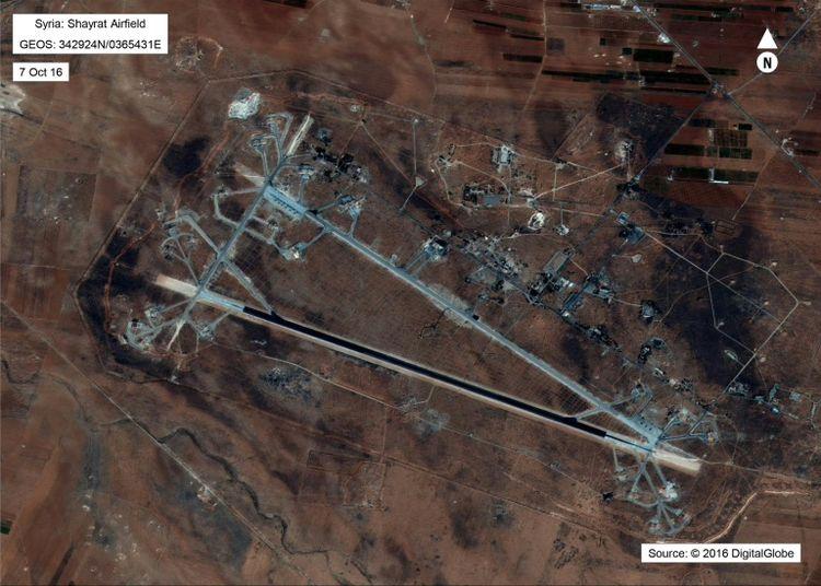 """Les Etats-Unis frappent la Syrie après """"l'attaque chimique"""""""