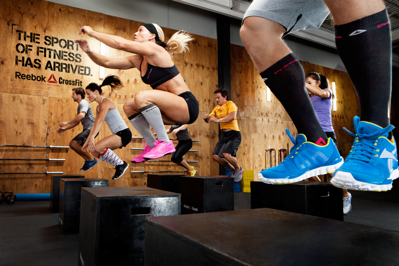Le CrossFit est un sport qui combine force athlétique, haltérophilie, gymnastique et endurance.
