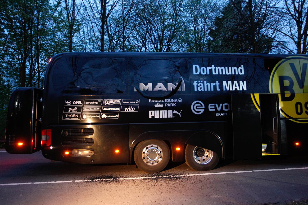 C1 - Choc à Dortmund après une attaque à l'explosif contre le club