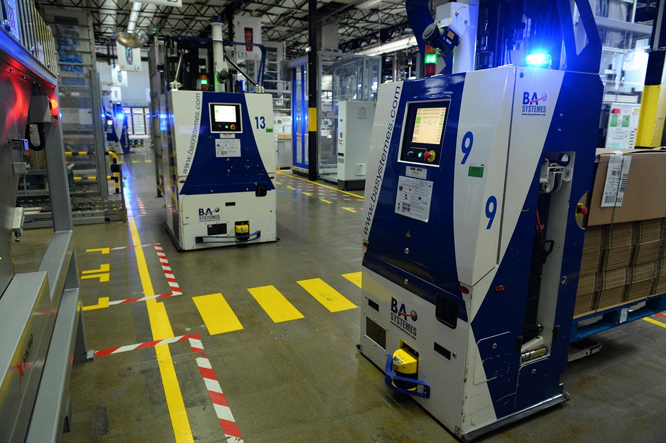 Chez L'Oréal, les usines se robotisent, les salariés s'interrogent