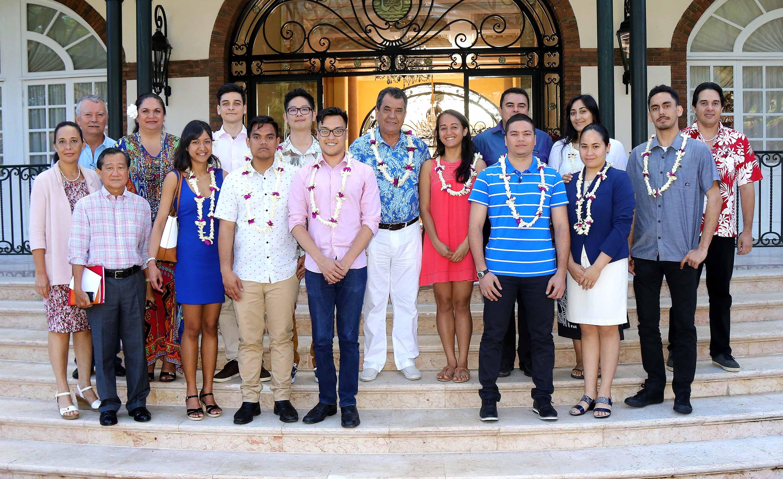 Les 10 Polynésiens formés en aquaculture de retour de Shanghai