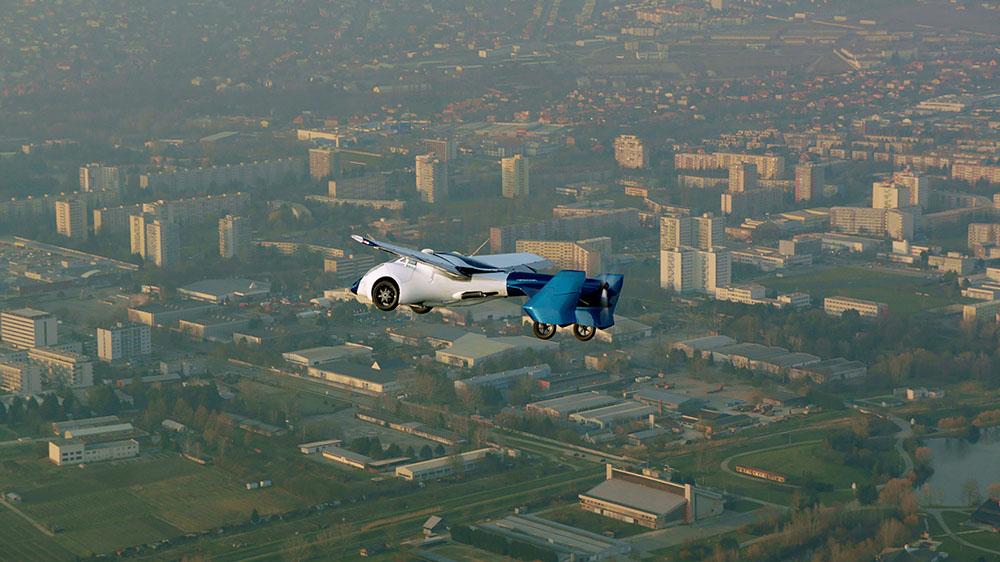 Batave ou slovaque, la voiture volante s'affiche à Monaco