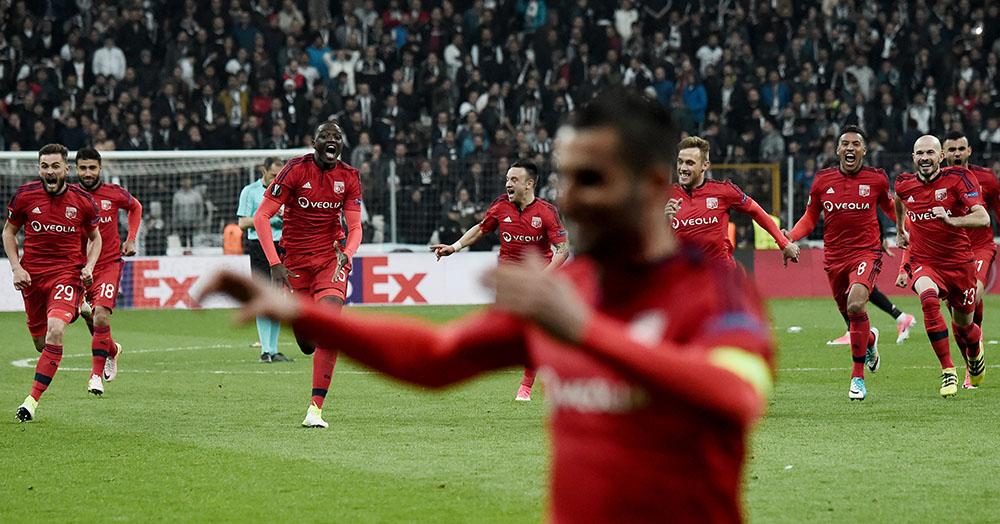 C3 - Lyon et Manchester United en demies au bout de la nuit