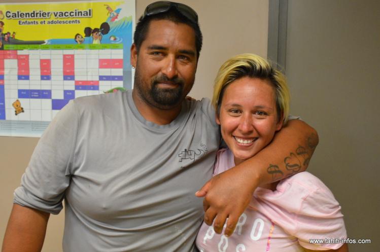 Laurent et Meherio Para, sains et saufs, le 14 novembre dernier après six jours de dérive entre Huahine et Tahiti.