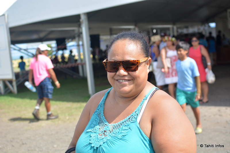 Huit citoyens polynésiens, un jour d'élection