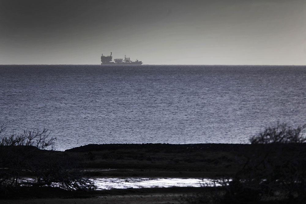 Espagne/Canaries : nappe de fioul après qu'un ferry a heurté une jetée
