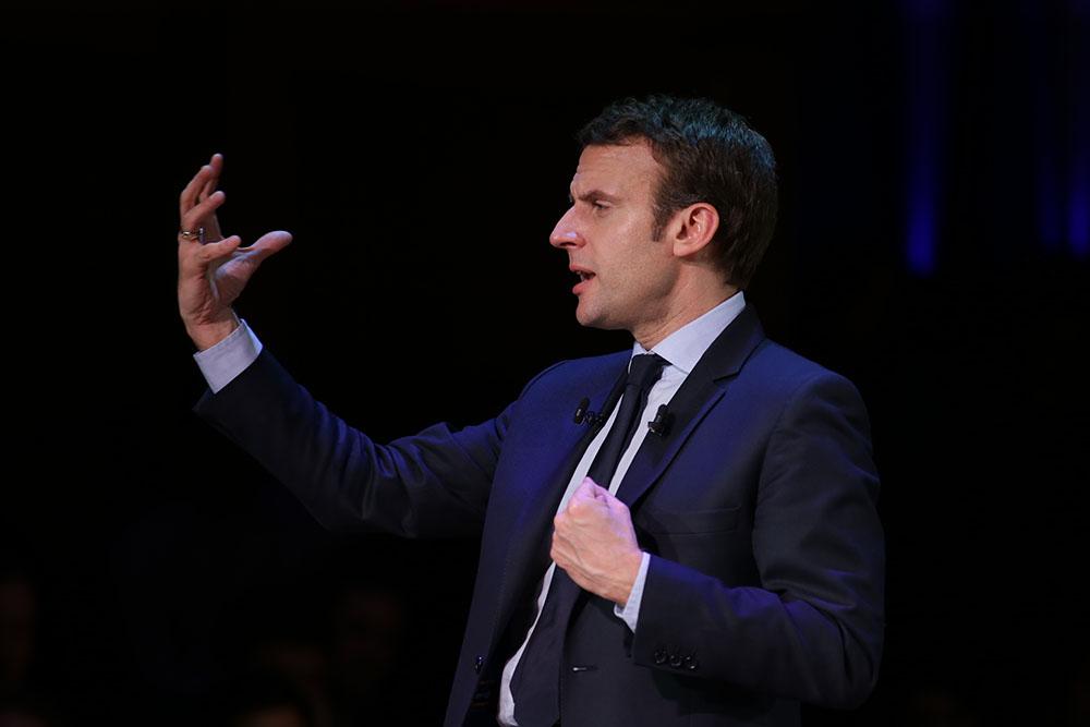 Pour la première fois, la Licra soutient un candidat, Macron