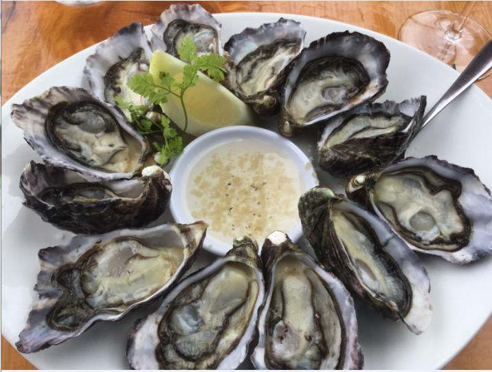 """Reines incontestées de la gastronomie du Northland, les huîtres élevées à """"Bay of Islands"""" sont un régal toute l'année."""