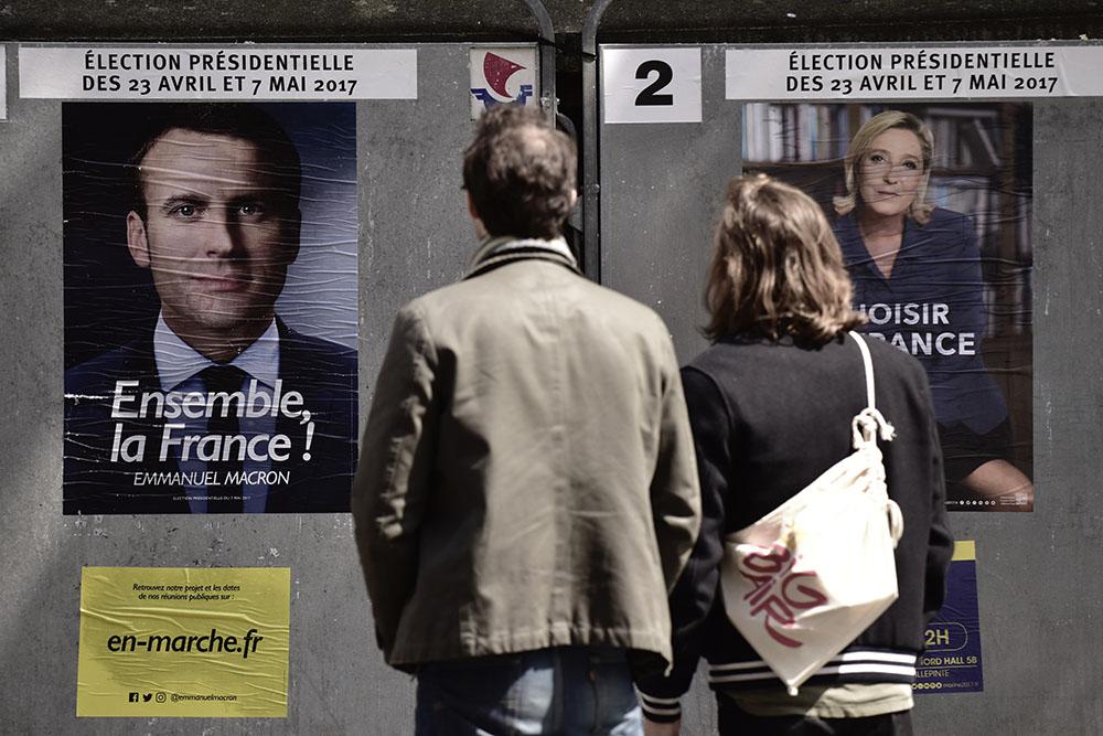 Présidentielle: la Seconde Guerre mondiale s'invite, Le Pen courtise les mélenchonistes