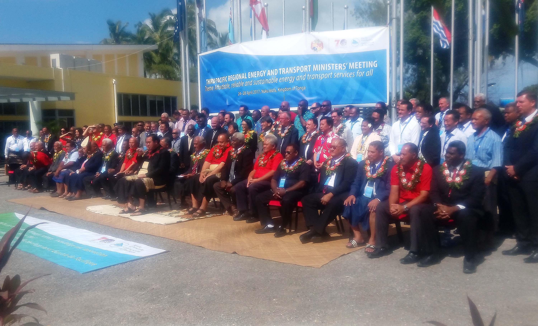 Réunion régionale des ministres de l'Energie et des transports maritimes à Tonga