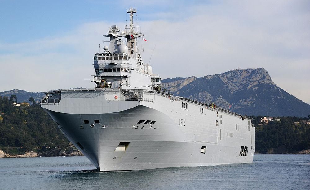 Un navire militaire français dans le Pacifique pour des exercices, sur fond de tensions