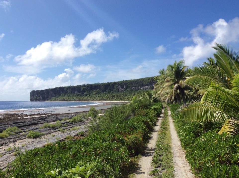 """""""Il y a tout un potentiel de développement en matière de tourisme vert, d'apiculture ou de culture maraîchère. On veut un vrai développement durable pour l'atoll"""", souligne Sylvanna Nordman, présidente de l'association Fatu Fenua no Makatea. (Photo : Gino Trafton/Facebook)"""