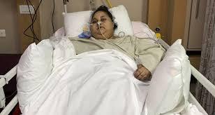 Une Egyptienne qui pesait 500 kilos transférée aux Émirats