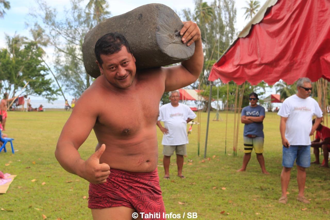 """Eriatara Ratia, le """"géant de Tubuai"""" est un athlète aux différentes casquettes"""