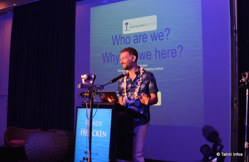 Randolf Hencke, directeur exécutif du Seasteading Institute, a présenté son parcours et le projet d'île flottante