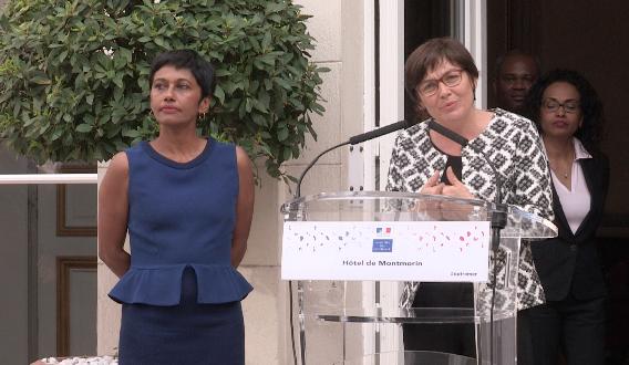 Lors de la passation de pouvoir au ministère des Outre-mer de la rue Oudinot à Paris, mercredi 17 mai.