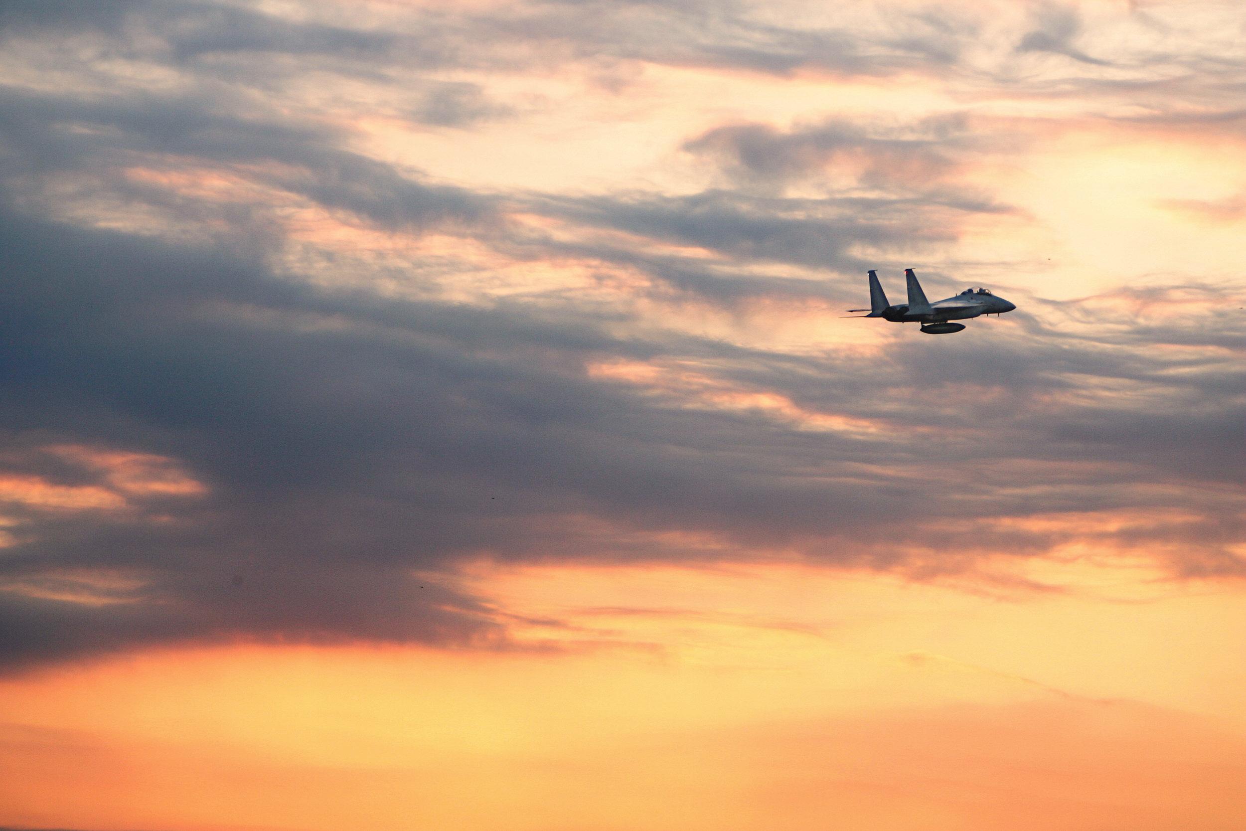Le Japon envoie des avions de chasse près d'îles disputées avec la Chine