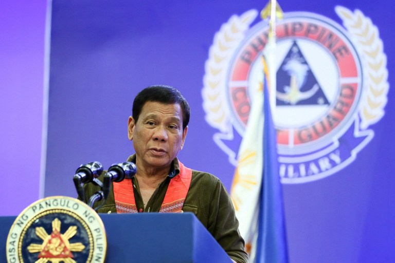 Mer de Chine: Pékin a menacé Manille d'une guerre, affirme Duterte