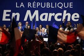 Législatives: En Marche! toujours en tête devant le FN et Les Républicains (sondage)