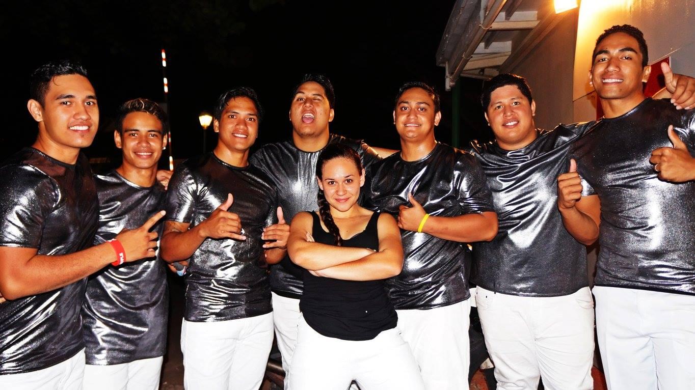 All in One avant leur départ de Tahiti