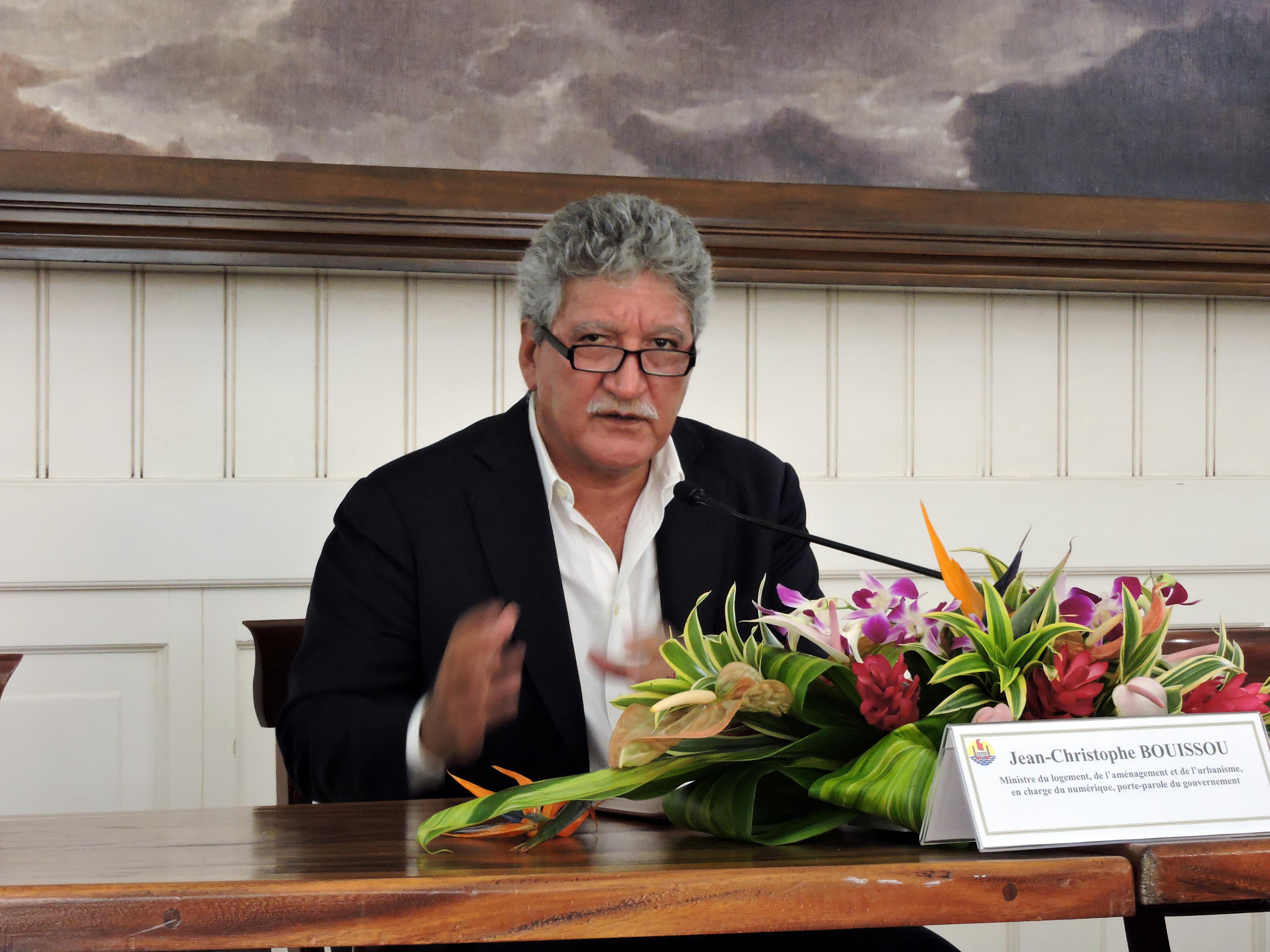 """""""Plutôt que de pointer du doigt sur nos différences, il faut appeler à l'union nos représentants autonomistes"""" Jean Christophe Bouissou"""