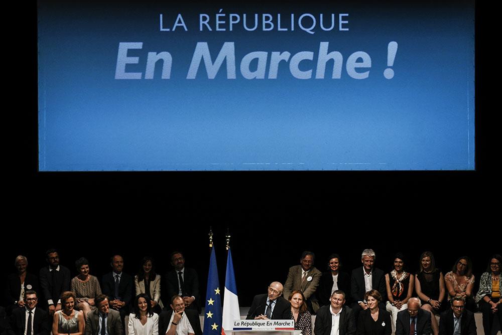 Législatives: la République en marche attend sereinement la vague