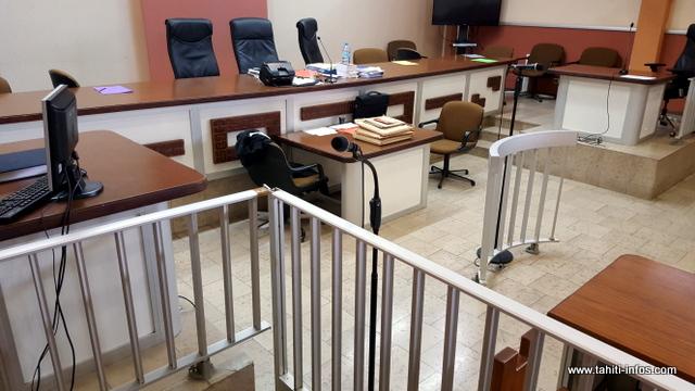 Les jurés sont allés au-delà des réquisitions de l'avocat général José Thorel. L'accusé n'a eu aucun mot pour sa fille.